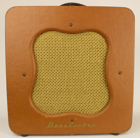 Vintage 1951 Danelectro Leader Guitar Amplifier