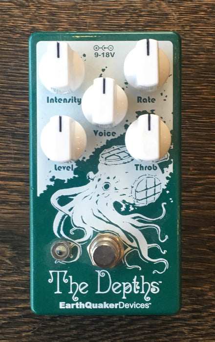 Used Earthquaker Devices Depths Tremolo Guitar Effect Pedal