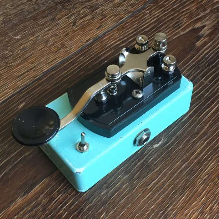 Coppersound Pedals Telegraph Stutter Momentary Silent Switch w/ Polarity Switch Guitar Pedal Relic'd Seafoam Green