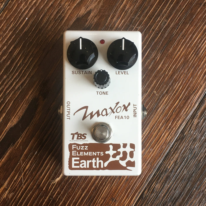 Used Maxon Fuzz Elements FEA10 Earth Fuzz Guitar Effect Pedal With Box