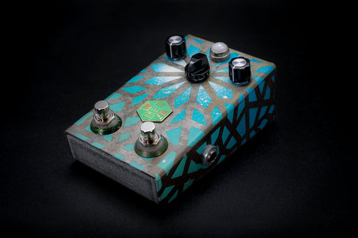 BeetronicsFX Limited Edition Octahive Super High Gain Fuzz High Octave Dual Footswitch Blue