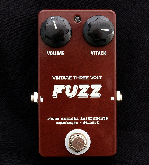Reuss FZ-01 Vintage Three Volt Fuzz Guitar Effect Pedal