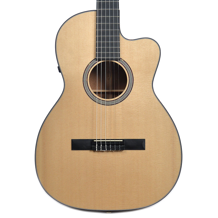 Martin 000C Nylon - Natural Acoustic Electric Guitar
