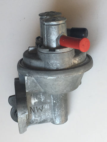 AUF 818 Mechanical fuel Pump