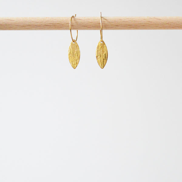 Creoles Textured Leaf Short Earrings