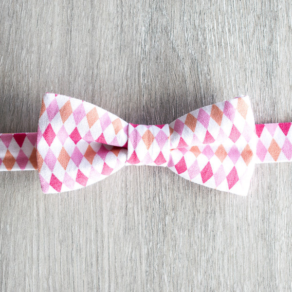 Geometrical Pink Bow Tie