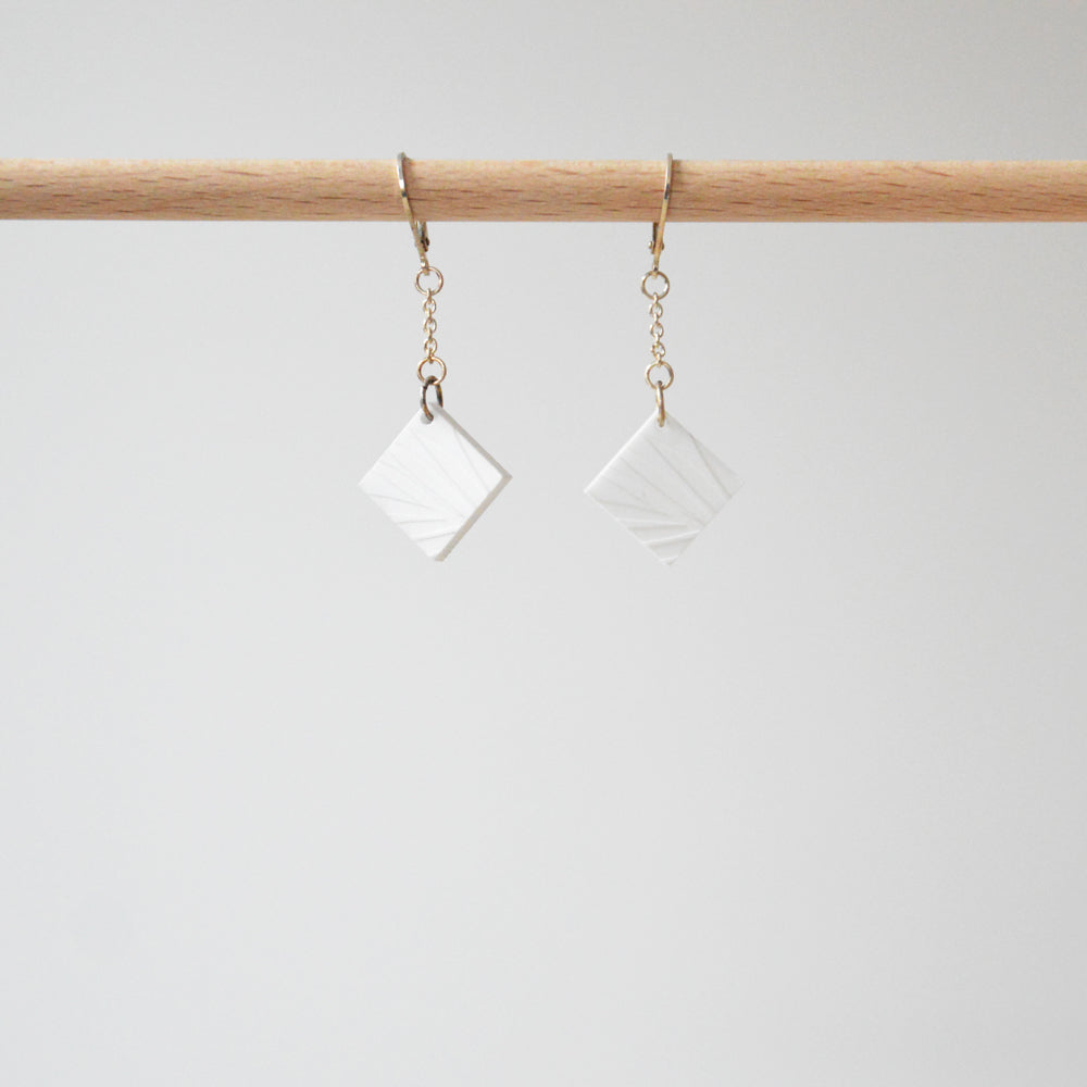 White Losange Vegetal Print Earrings