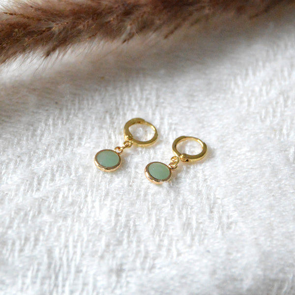 Green Stone Short Earrings