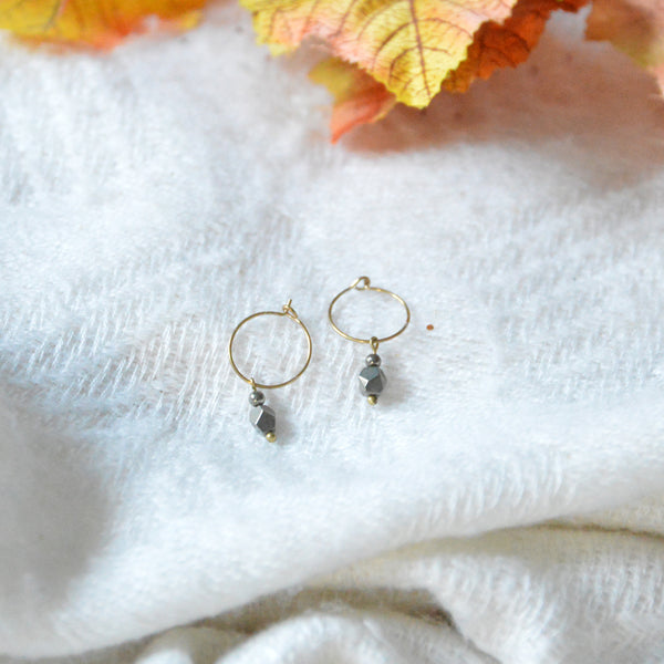 Creoles & Grey Stones Short Earrings
