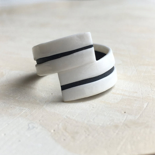 Black & White Porcelain Ring