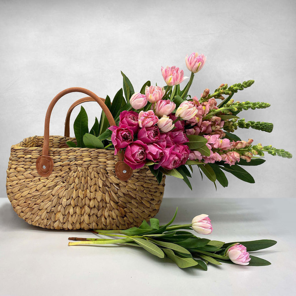 FLOWER BASKET - Florist Choice / Large