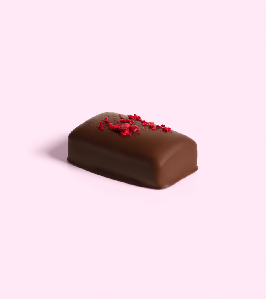 LOCO LOVE CHOCOLATE: BLACK CHERRY RASPBERRY