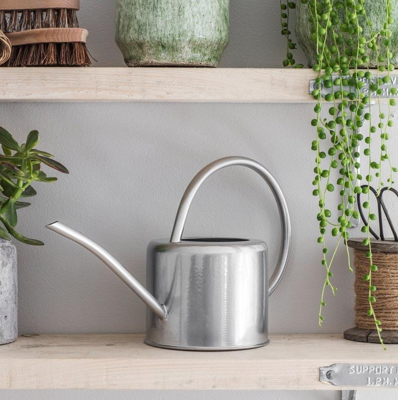 GARDEN TRADING: Indoor Watering Can 1.9L - Galvanised