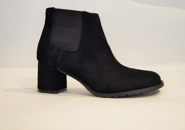 BEATLES 50 BLACK SUEDE