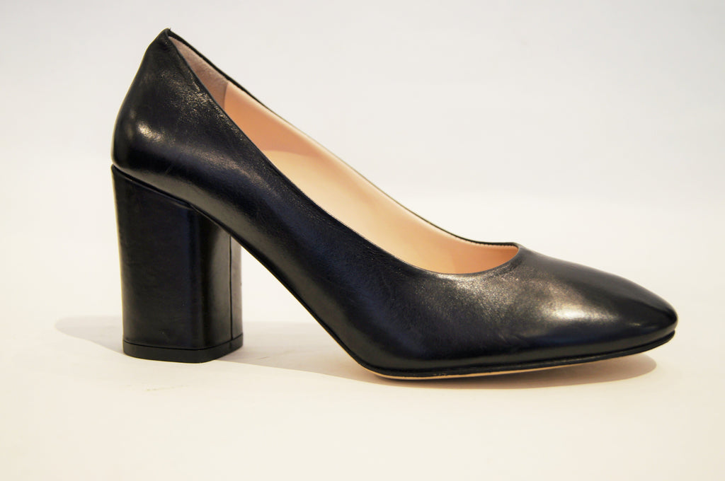 FREDERICA BLACK LEATHER
