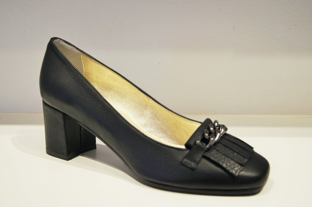 IRLANDA BLACK PEBBLY LEATHER Heels andreacarrano