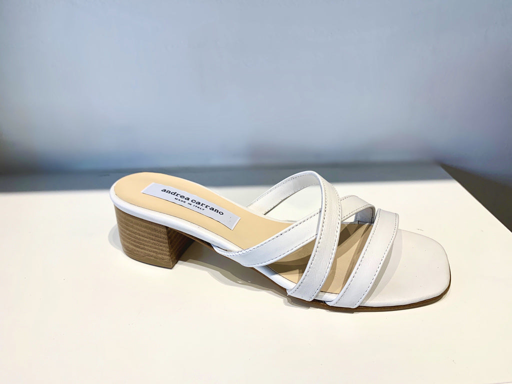 PARIS in WHITE LEATHER Sandal andreacarrano