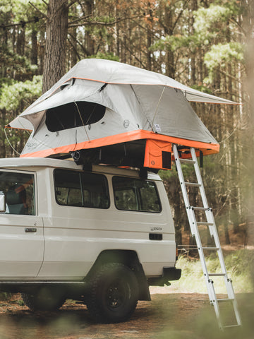 Crow's Nest Regular Rooftop Tent - Grey/Orange