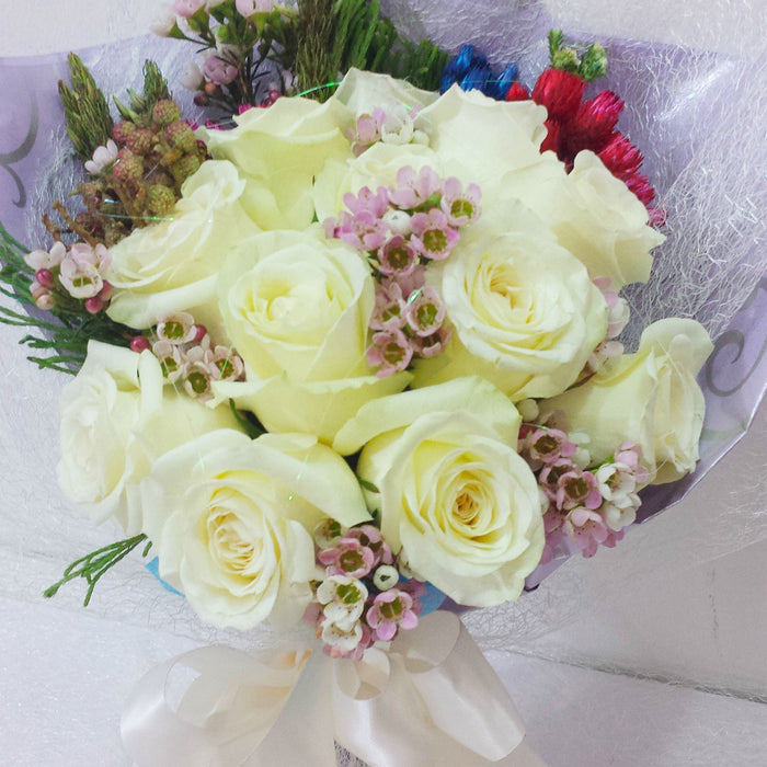 12 stalks white roses bouquet singapore