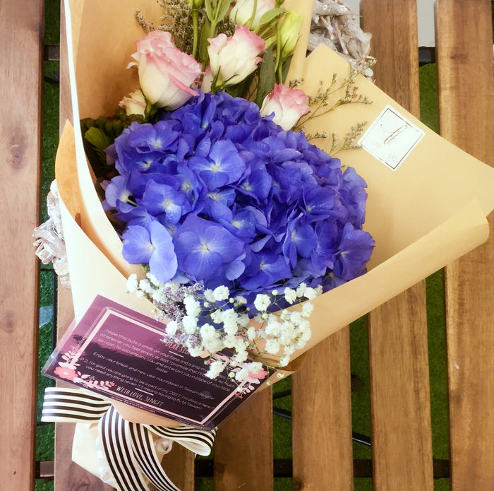 blue hydrangea bouquet singapore