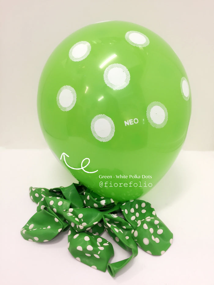 green polka dots party helium balloon