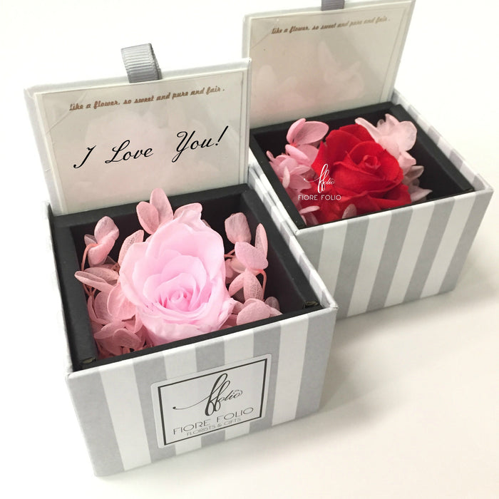 enchanting preserved rose box