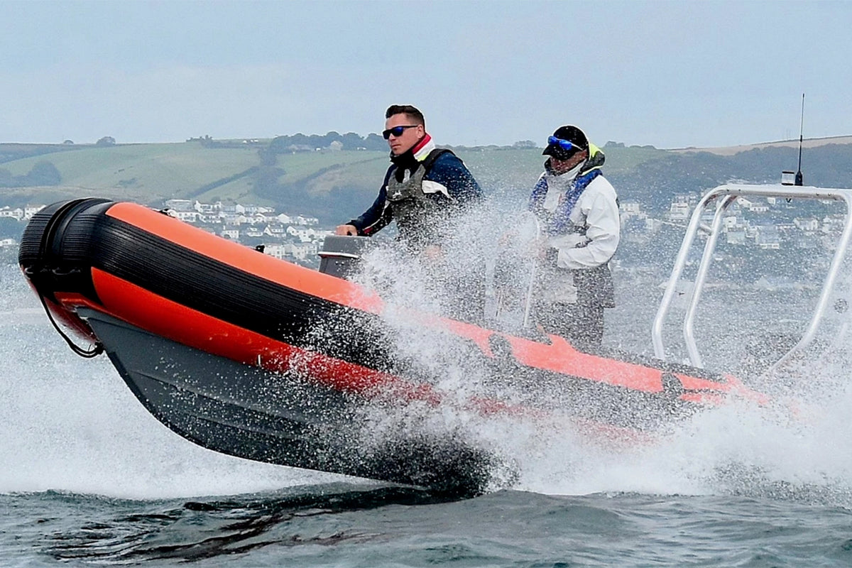 3D Tender XPRO Safety RS 490 RIB