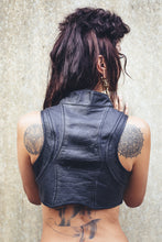 Load image into Gallery viewer, Queen Cobra Leather Vest