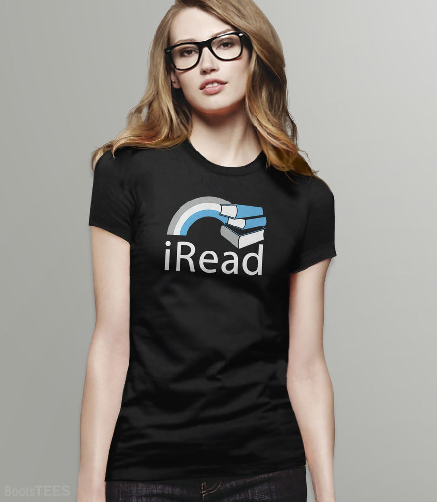 i Read | Reading T-Shirt and Book Nerd Gift. Pictured: Black Womens Tee.