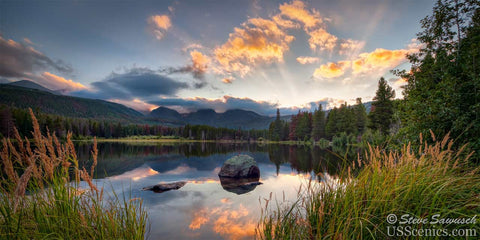 Sunset at Sprague Lake in Rocky Mountain National Park near Estes Park, Colorado