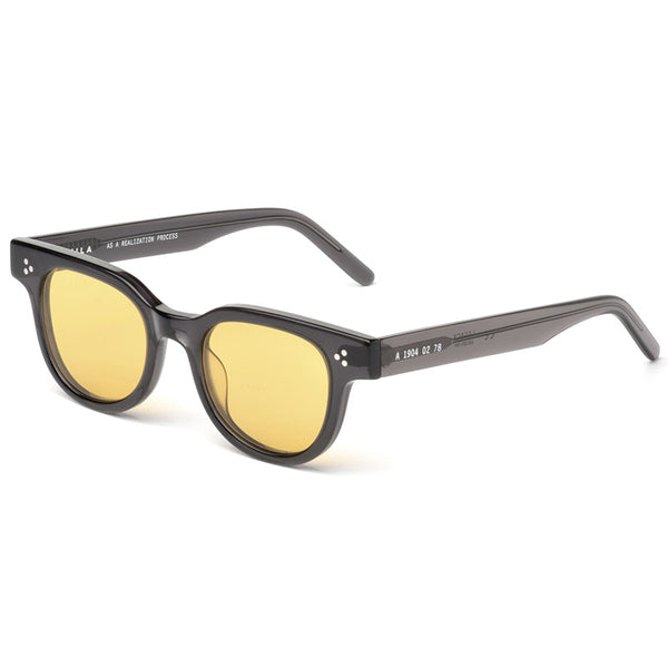 Legacy Sunglasses Onyx / Yellow / Silver