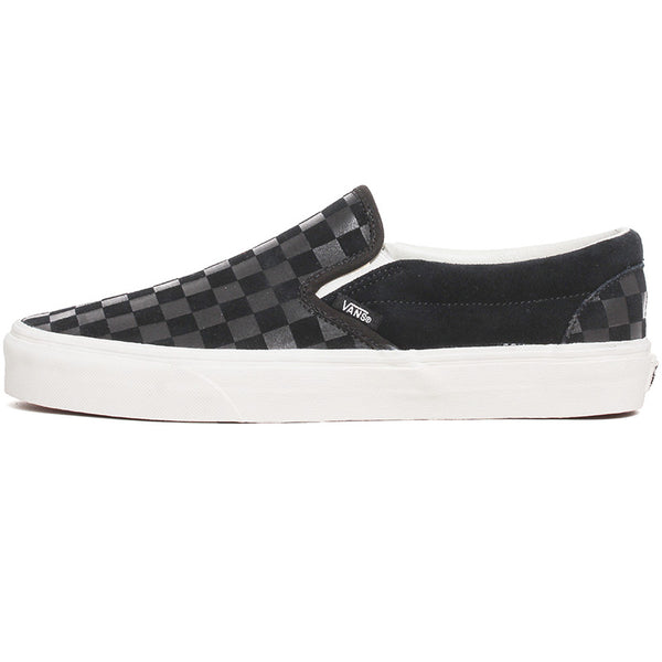 Classic Slip-On Checker Emboss Sneakers Black / Marshmallow
