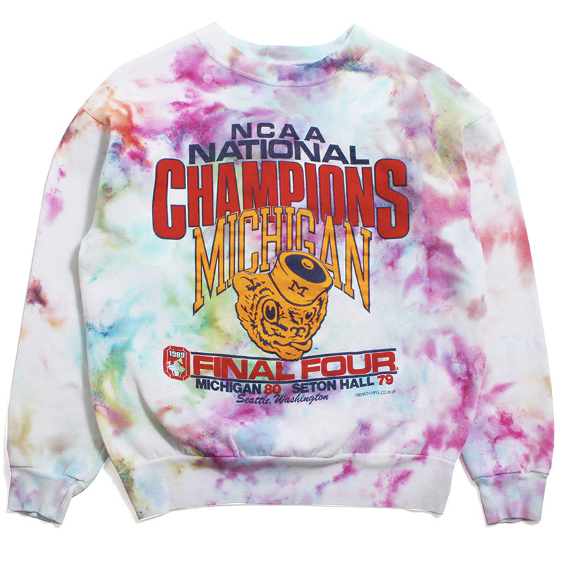University of Michigan 1989 Basketball National Champions Final Four Trench Crewneck Sweatshirt Watercolor Tie-Dye (Medium)
