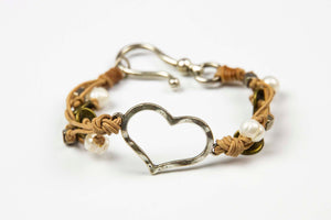 Arun Heart Bracelet - Natural