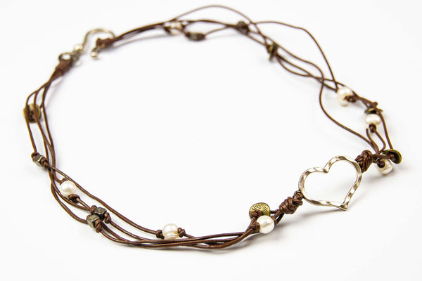 Arun Heart Necklace - Brown