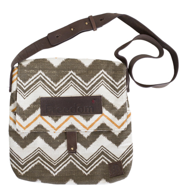 The Freedom Messenger ~ Brown Chevron w/Brown Leather