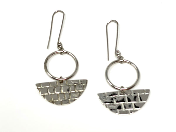 Ukata Earrings - Silvertone