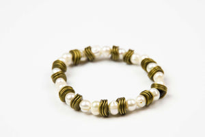 Preahchan - Natural Pearl beads w/coconut shell accents / stretch cord