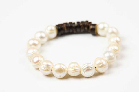 Tmaa Bracelet ~ Natural Pearl Beads with Coconut Shell Accent
