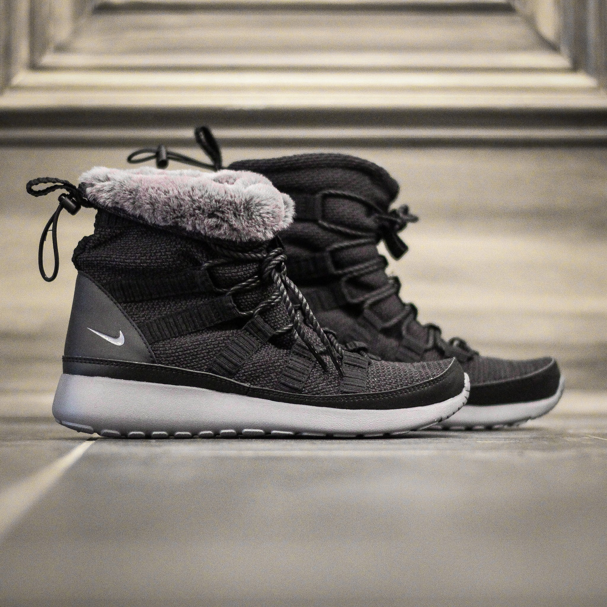 ddb88c89464e7 nike roshe one hi flash winter 36 38.5 new99 lined winter boots sneakerboot  run whats it worth