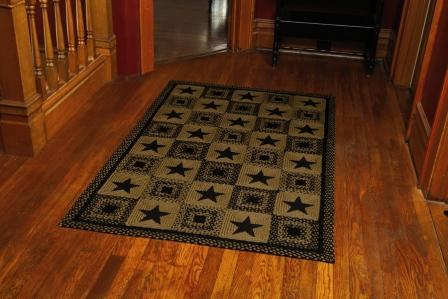 Country Star Black Braided Rectangle Rug - 20in. x 30in.
