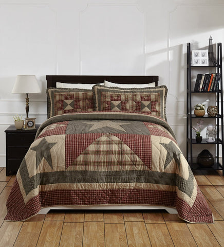 Plymouth Queen/Full Quilt Set