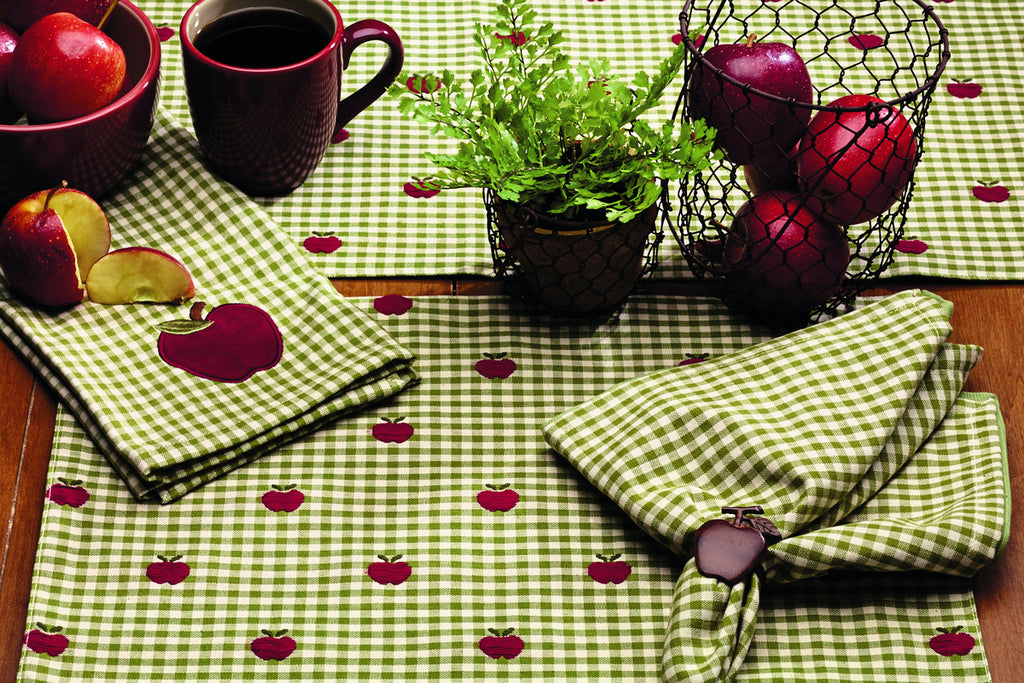 Apple Valley Short Table Runner