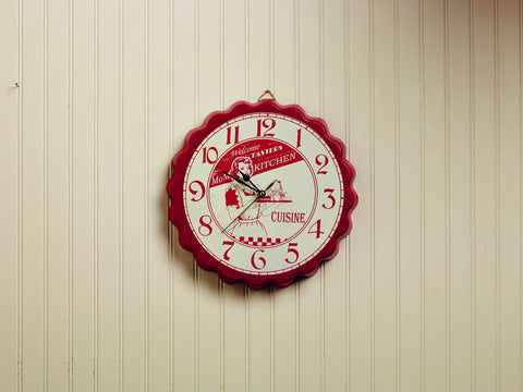 "Red ""Mom's Kitchen"" Bottle Cap Wall Clock"