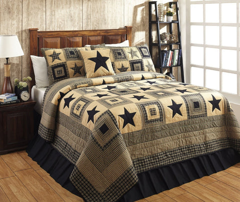 Queen/Full Colonial Star Black And Tan Quilt Set - 3 Piece