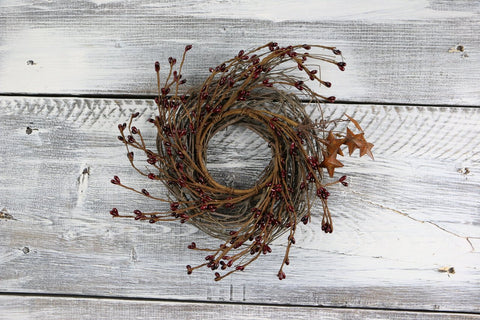 "Pip Berry & Rusty Star Small Wreath/Candle Ring, 10"" - Burgundy"