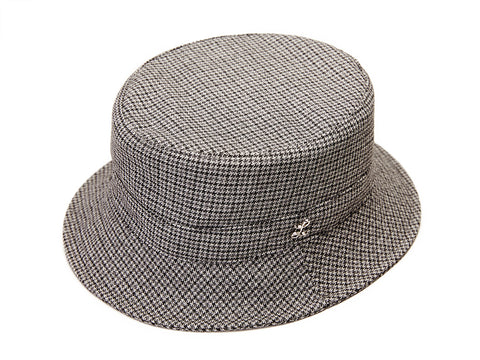 THE GIGI X LAROSE Houndstooth Bucket Hat