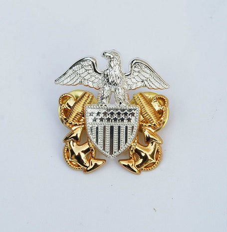 WWII US NAVY officer pin