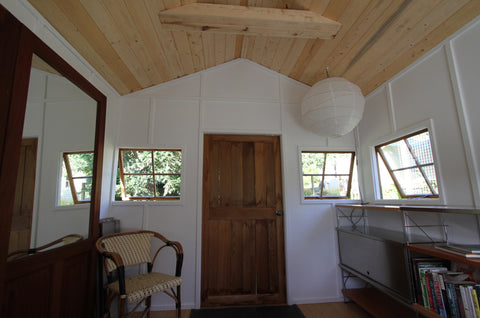 inside cedar house cottage