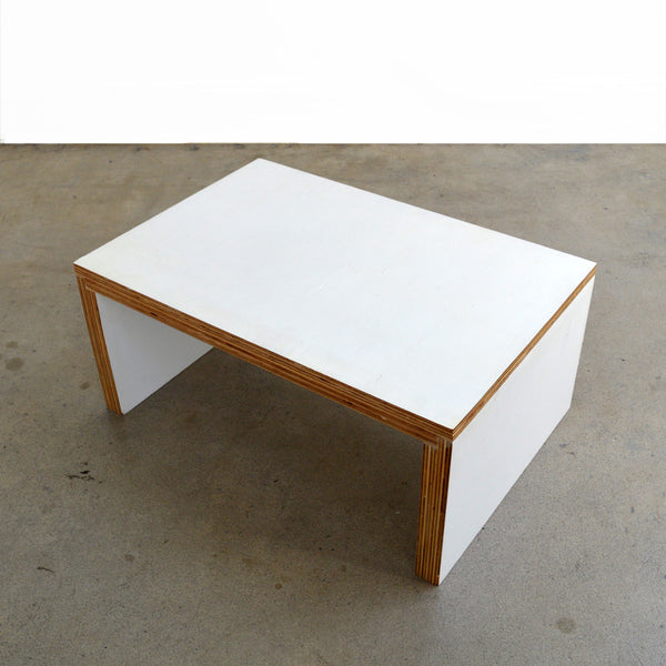 Bedesk / Floor Table
